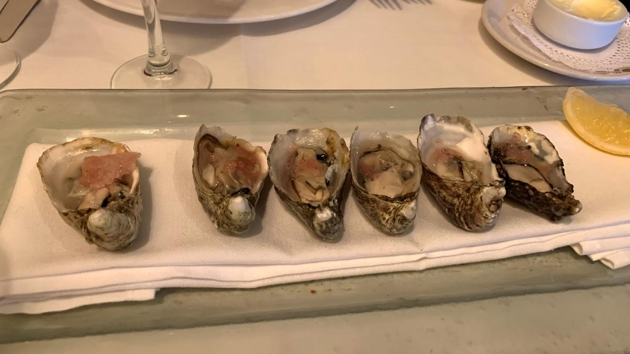 """Oysters """"on Ice"""""""